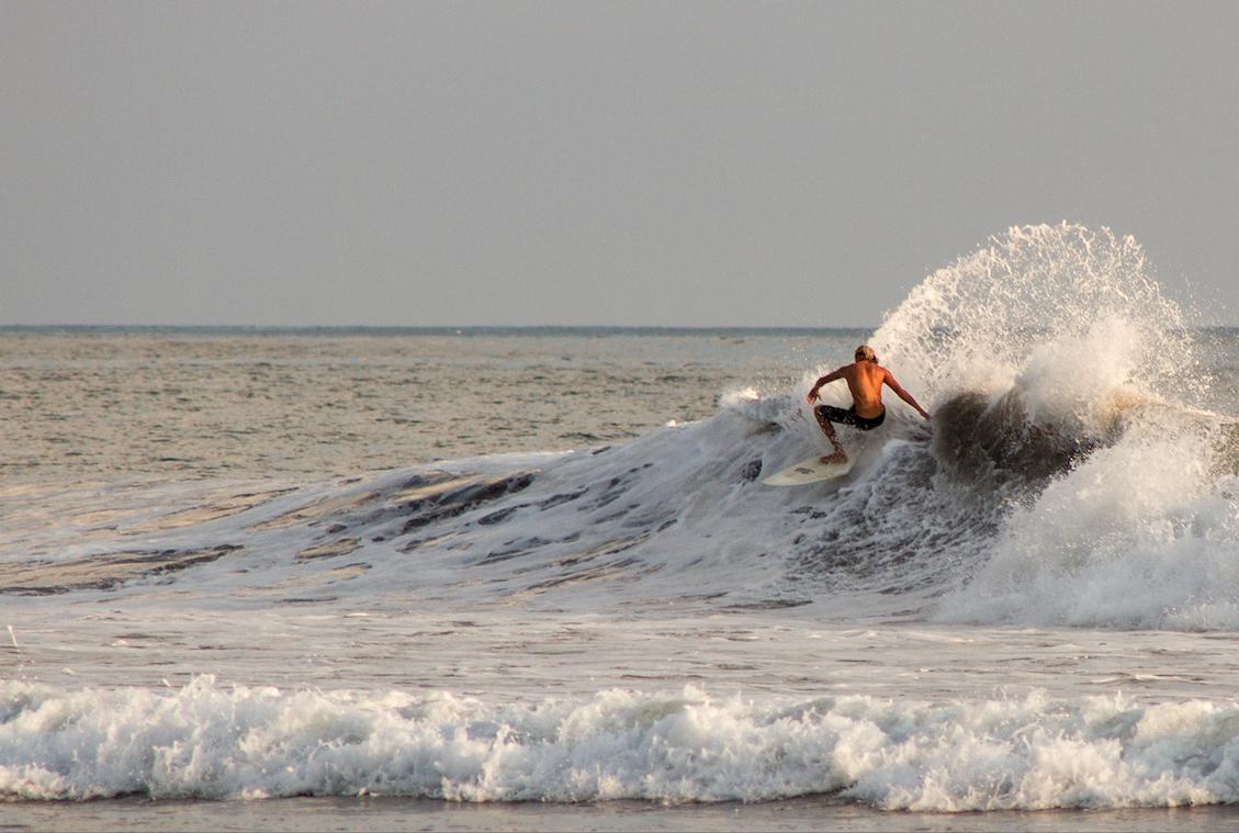 Refugio Camaronal es muy apetecido por los surfistas
